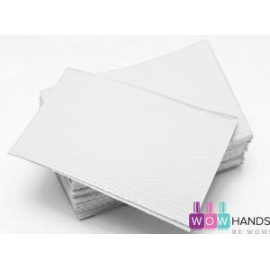 Нагрудные салфетки 3-х слойные для клиента 430мм х 330мм Dry-Back. Малазия. Белые, 25 штук